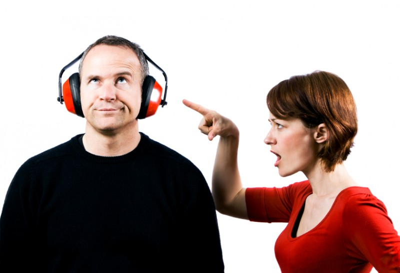 communication_tools_couples_fighting
